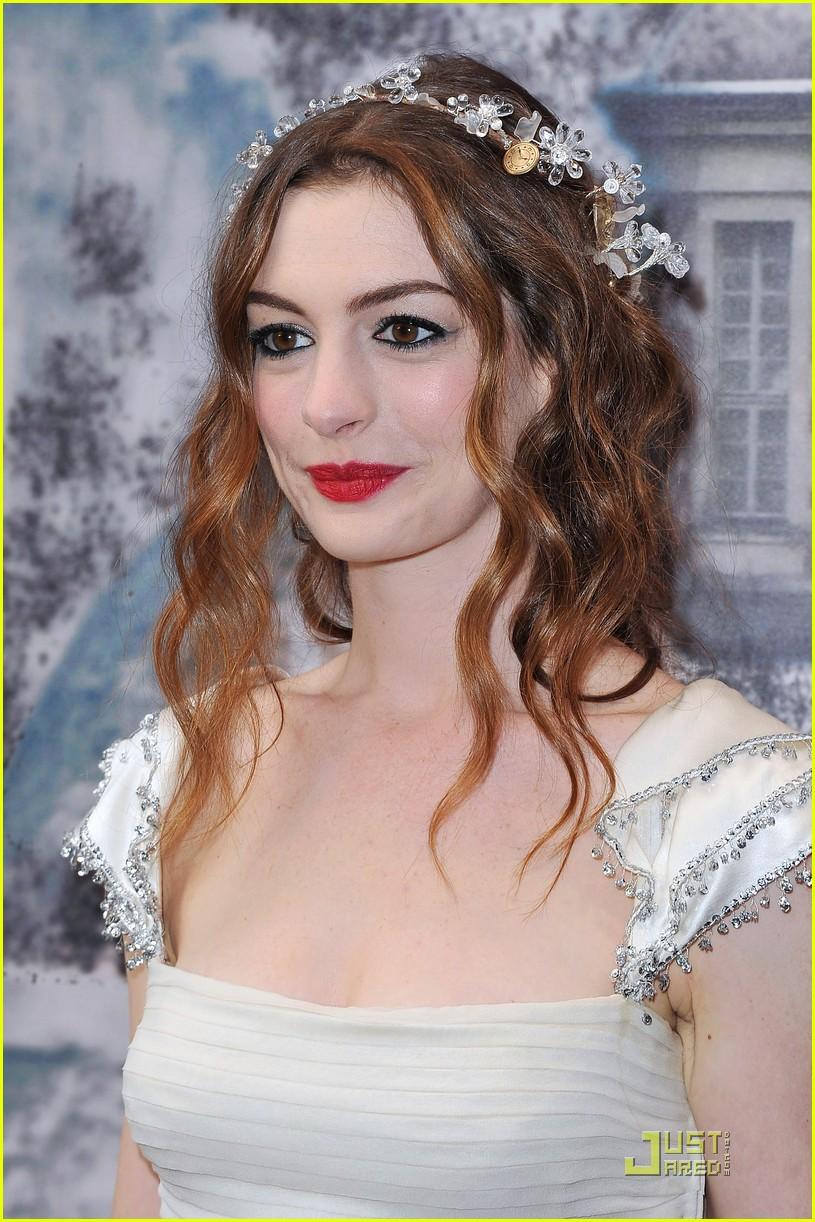 Anne Hathaway: White Fairy Tale Love Ball!: Photo 2558290 | Anne ...