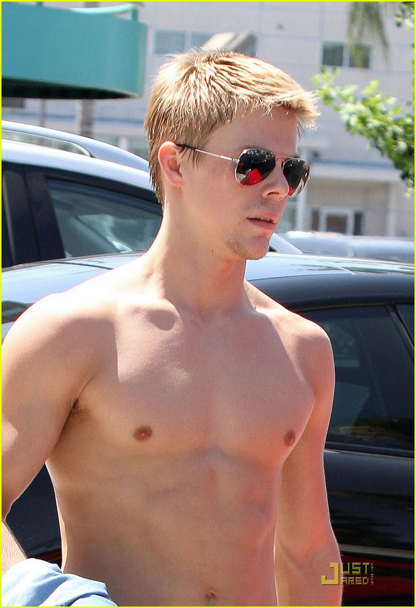 derek hough shirtless 012560758