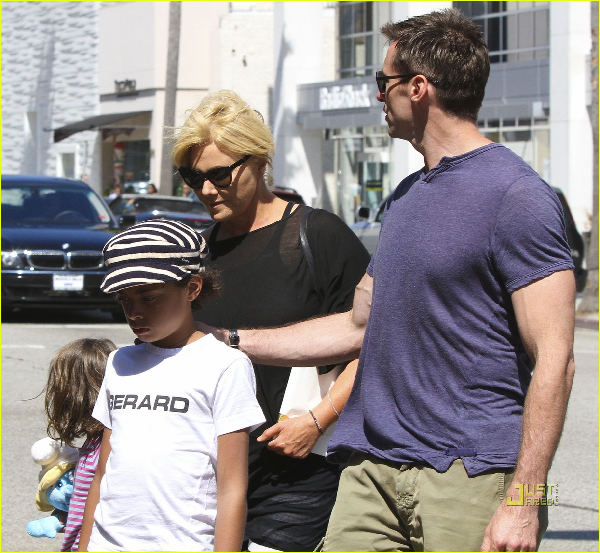 Hugh Jackman & Family: Day Out in Beverly Hills!