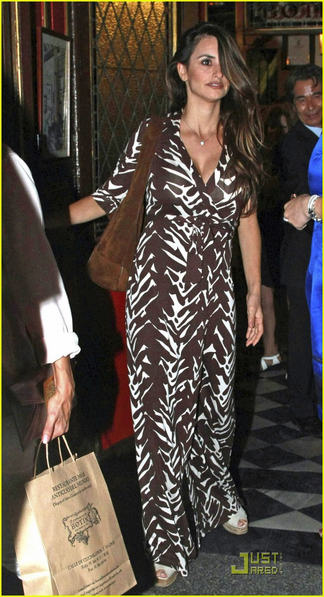 eva longoria eduardo cruz dinner with penelope cruz 02