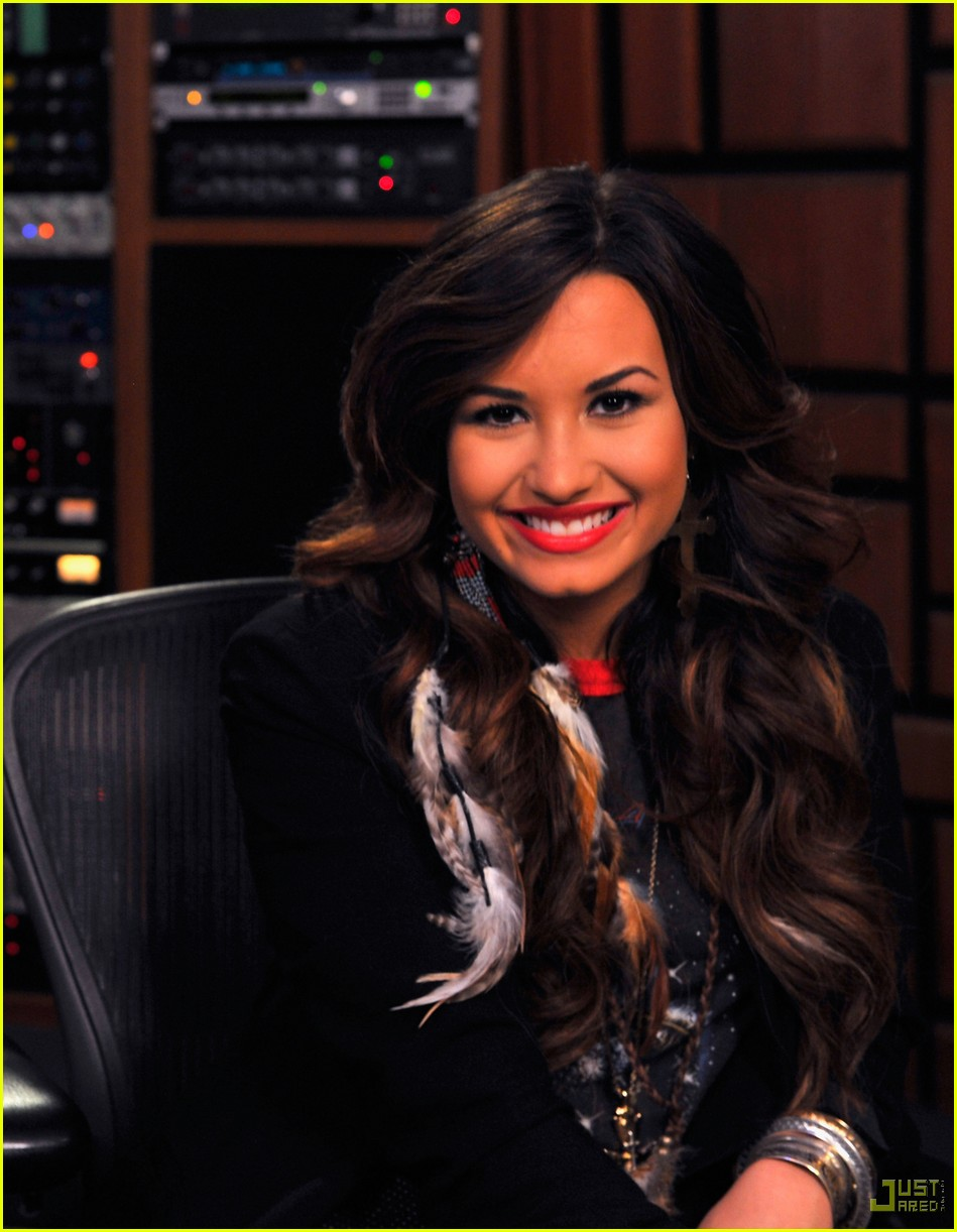 Demi lovato live web chat