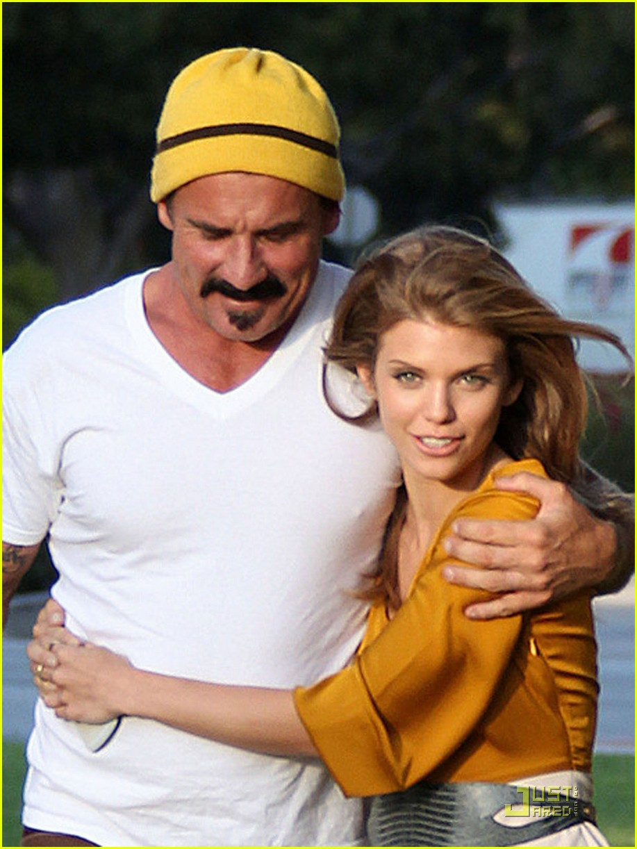 annalynne mccord dominic purcell new couple 022560964