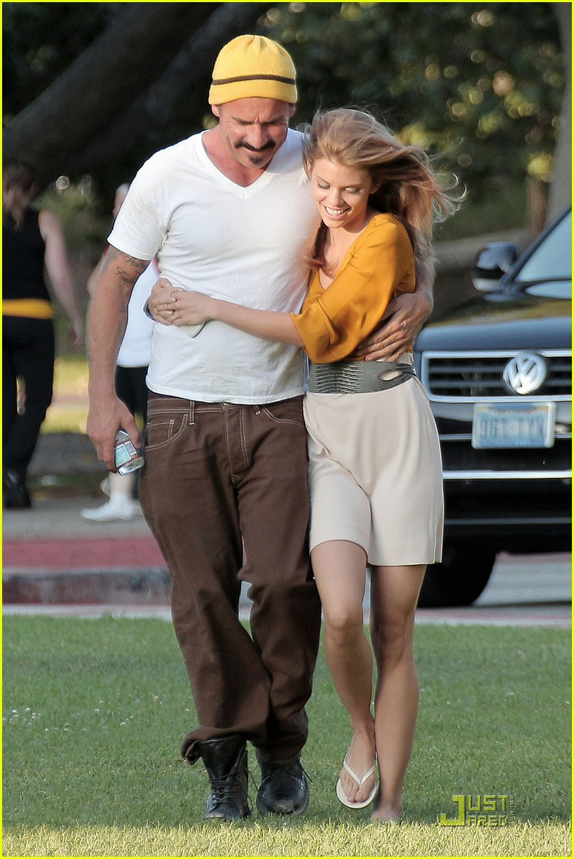 annalynne mccord dominic purcell new couple 072560969