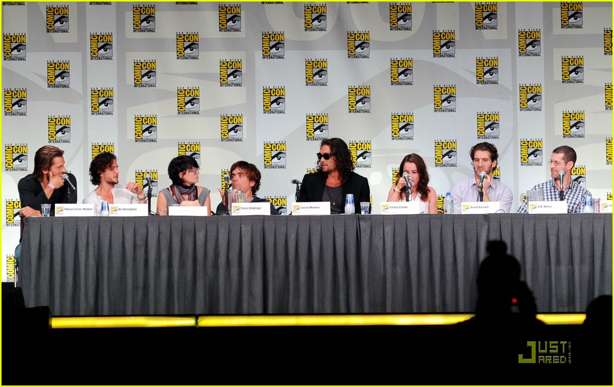 jason momoa kit harington game of thrones panel 102563003