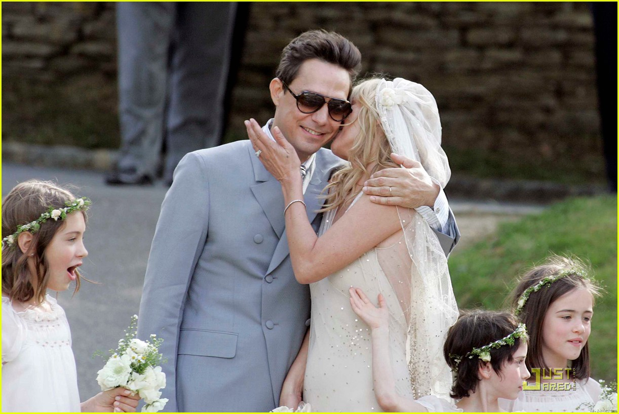 kate moss jamie hince wedding 03