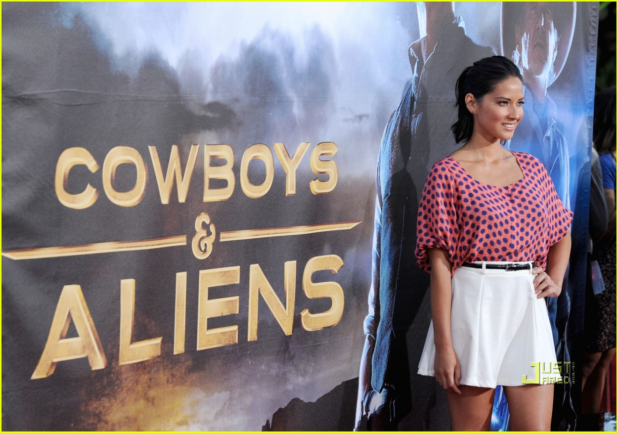 cowboys and aliens girl