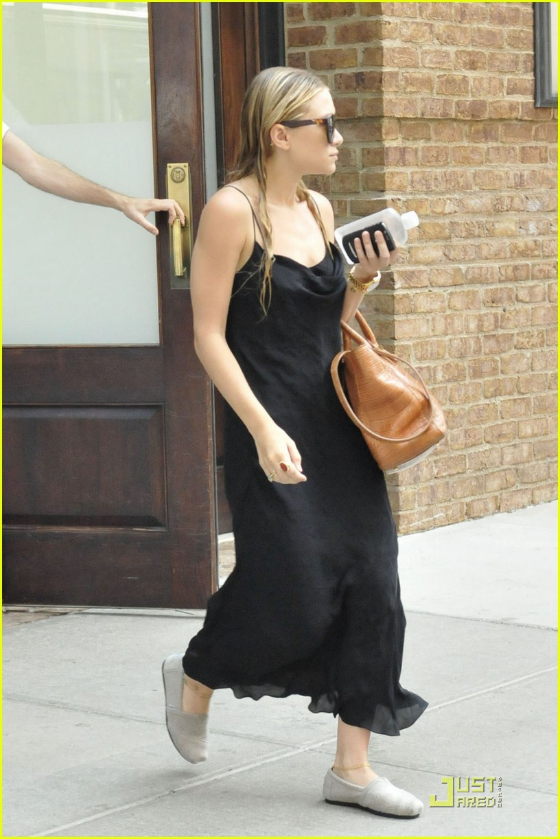 ashley olsen handbag line 03