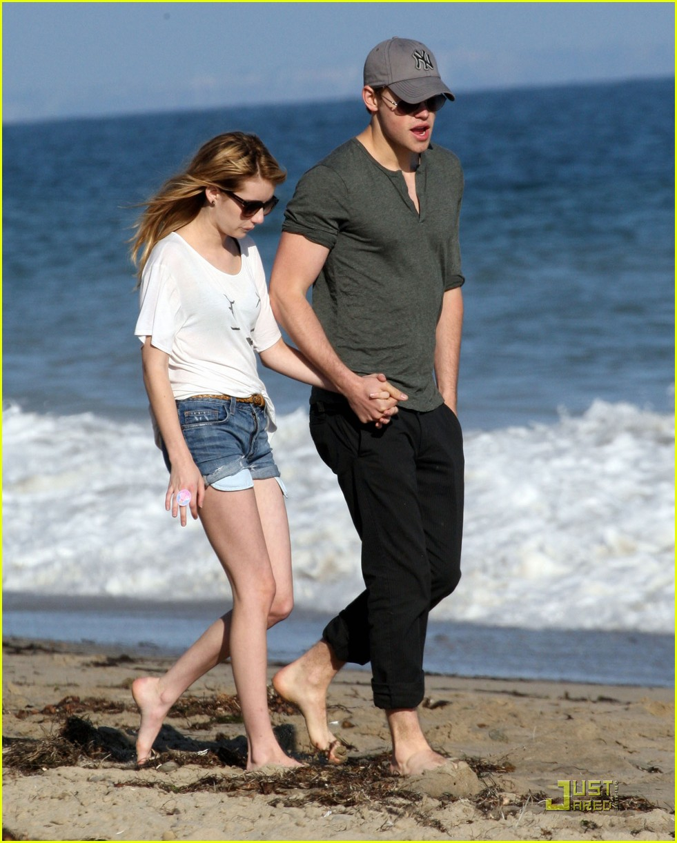 chord overstreet emma roberts holding hands on the beach 032563563