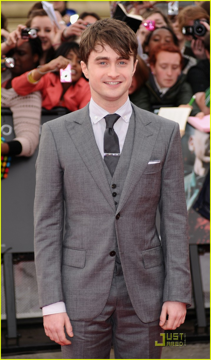 daniel radcliffe rupert grint deathly hallows premiere 01