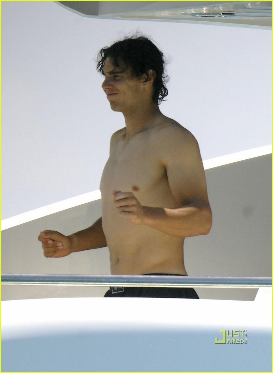 rafael nadal shirtless spain 03
