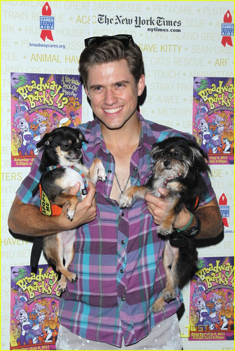 andrew rannells rory omalley broadway barks 032559395