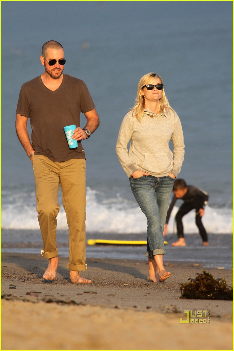 reese witherspoon jim toth deacon ava beach 052557772
