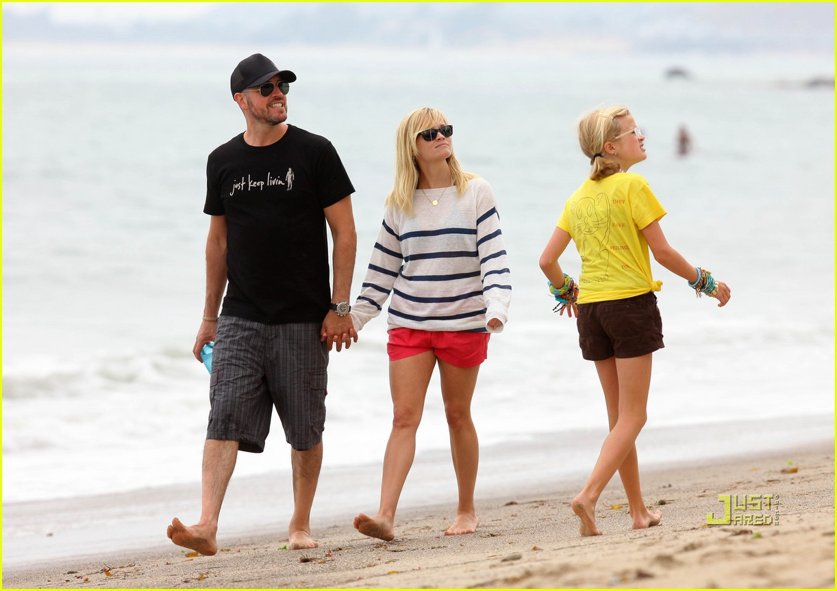 reese witherspoon jim toth deacon ava beach 062557773