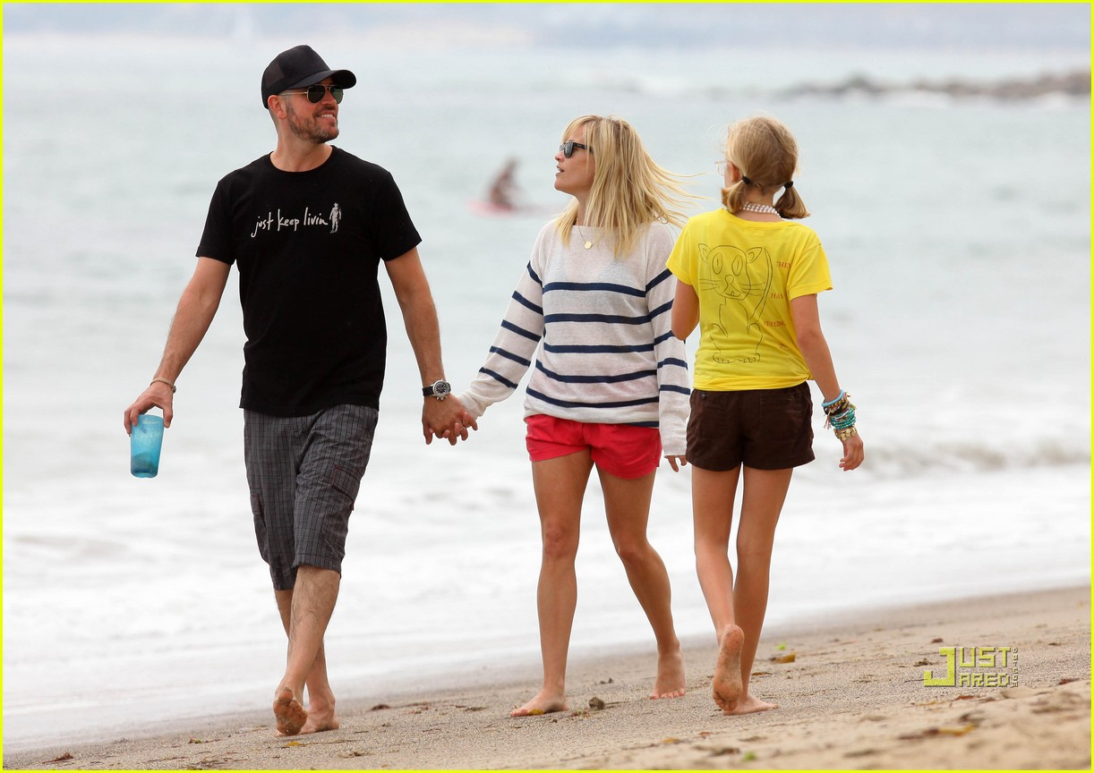 reese witherspoon jim toth deacon ava beach 082557775