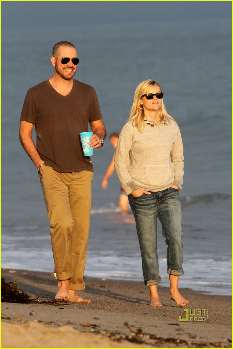 reese witherspoon jim toth deacon ava beach 142557781