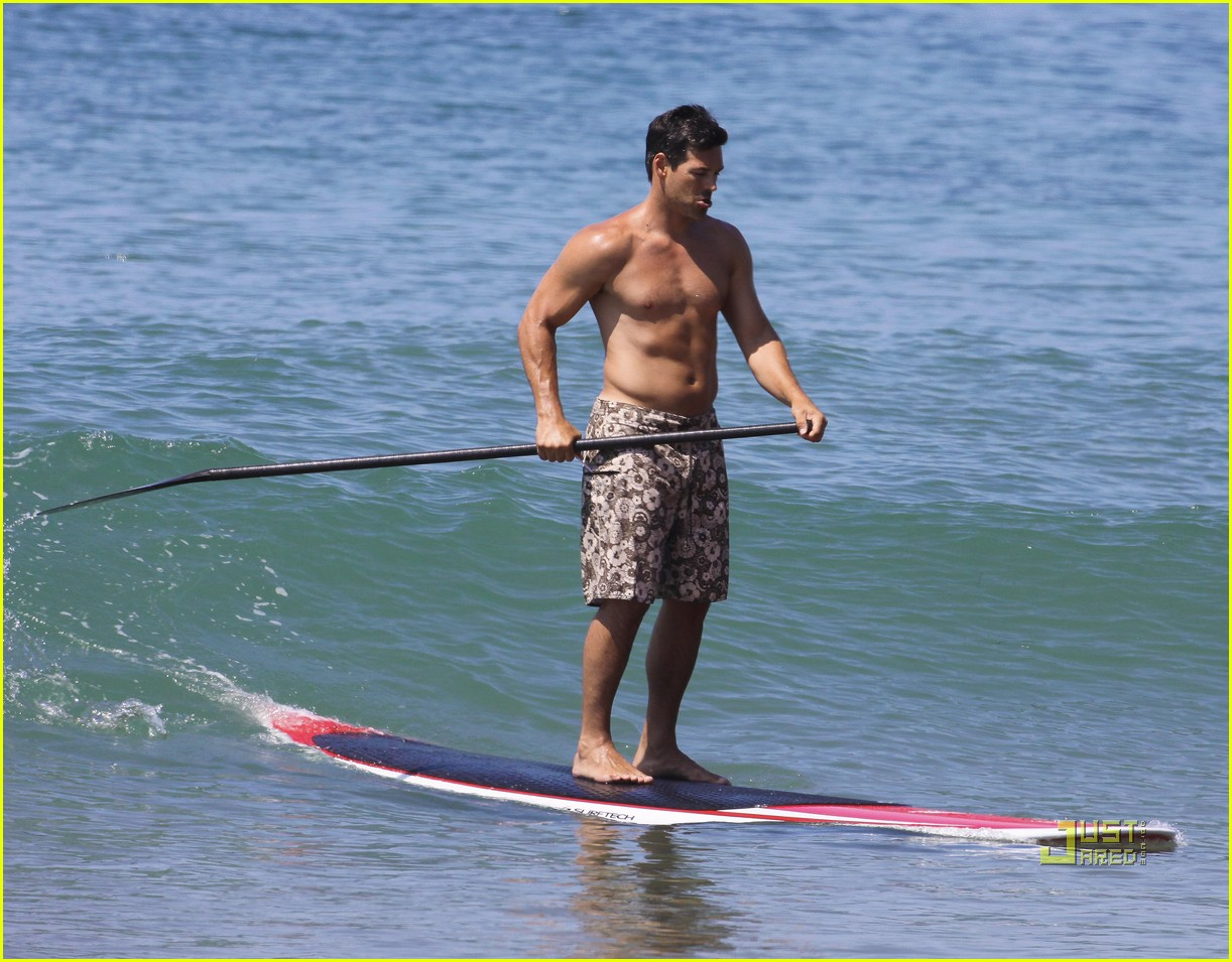 leann rimes bikini eddie cibrian shirtless malibu beach 042557867