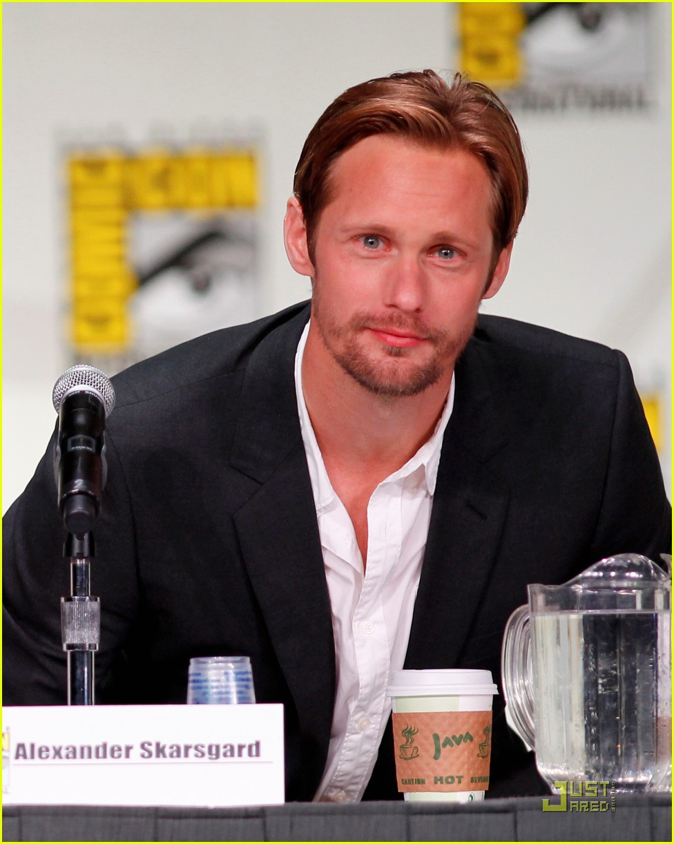 alexander skarsgard true blood panel at comic con 032563036