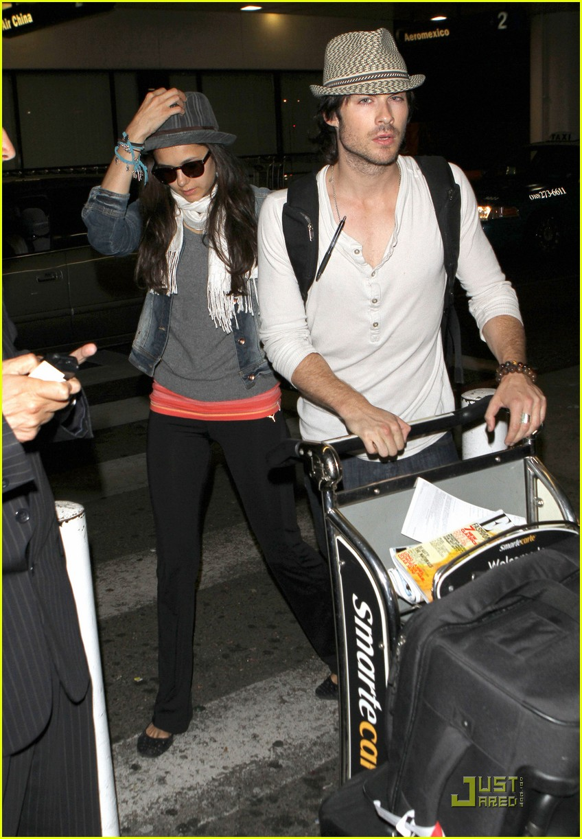 ian somerhalder lax landing with nina dobrev 082558185