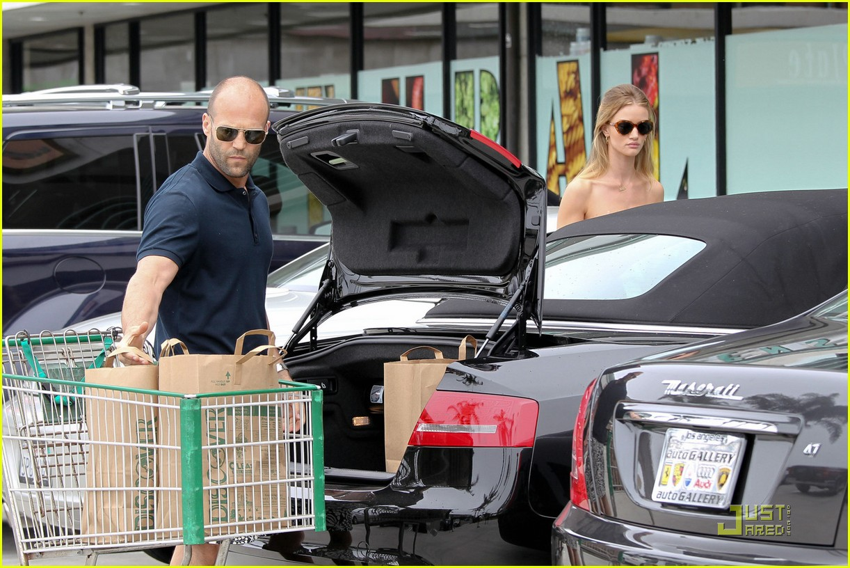 rosie huntington whiteley jason statham grocery shopping 072557683