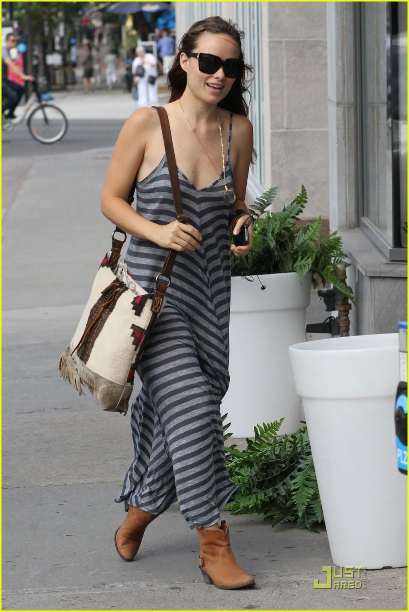 olivia wilde striped dress 04