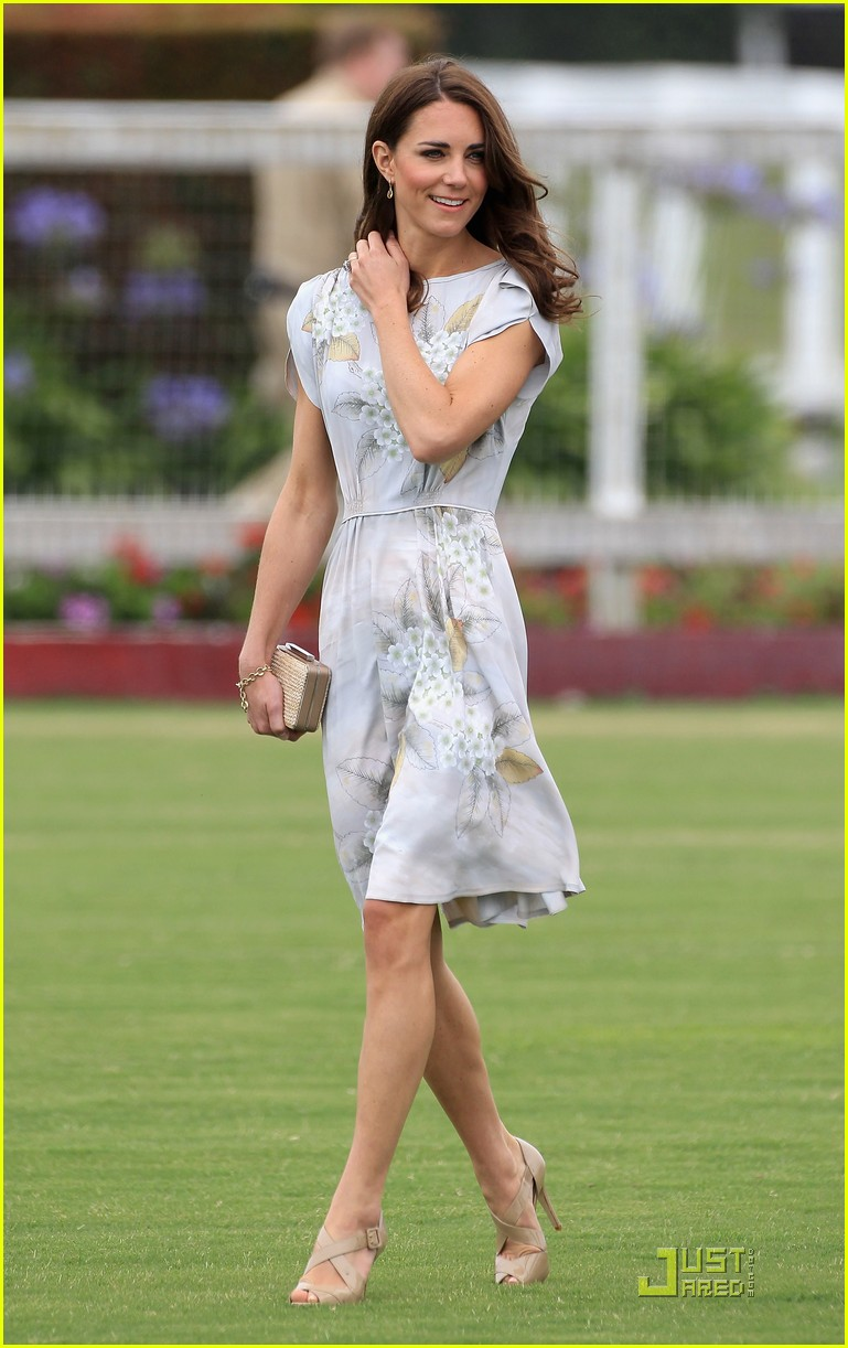prince william kate foundation polo challenge pair 022559170