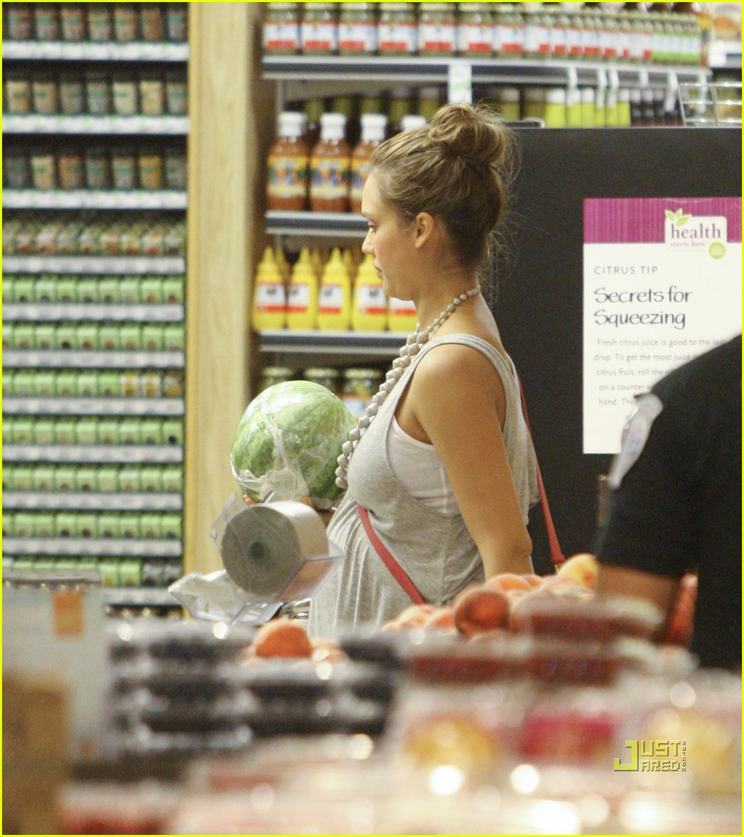 jessica alba honor whole foods 102566235