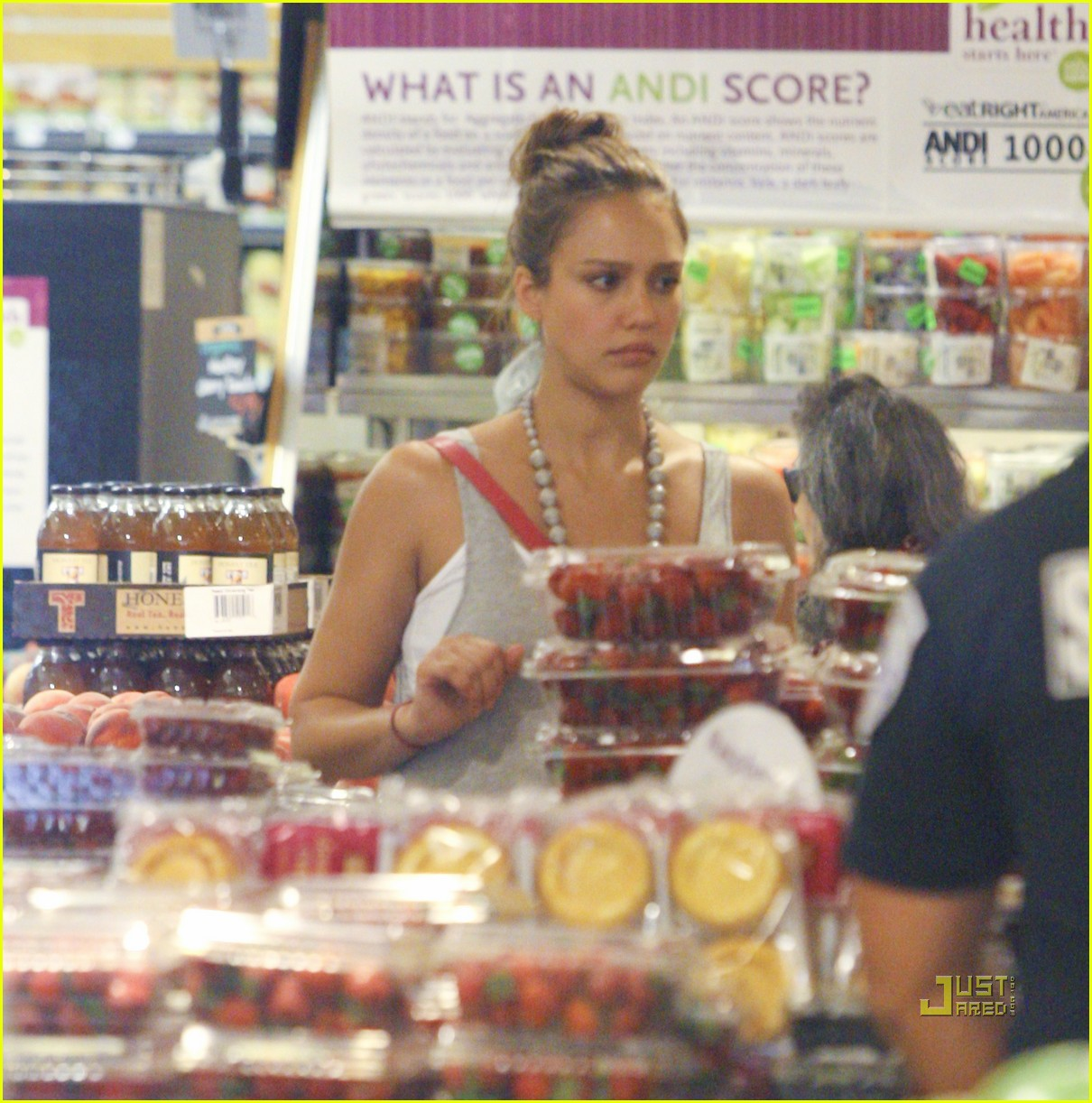 jessica alba honor whole foods 132566238