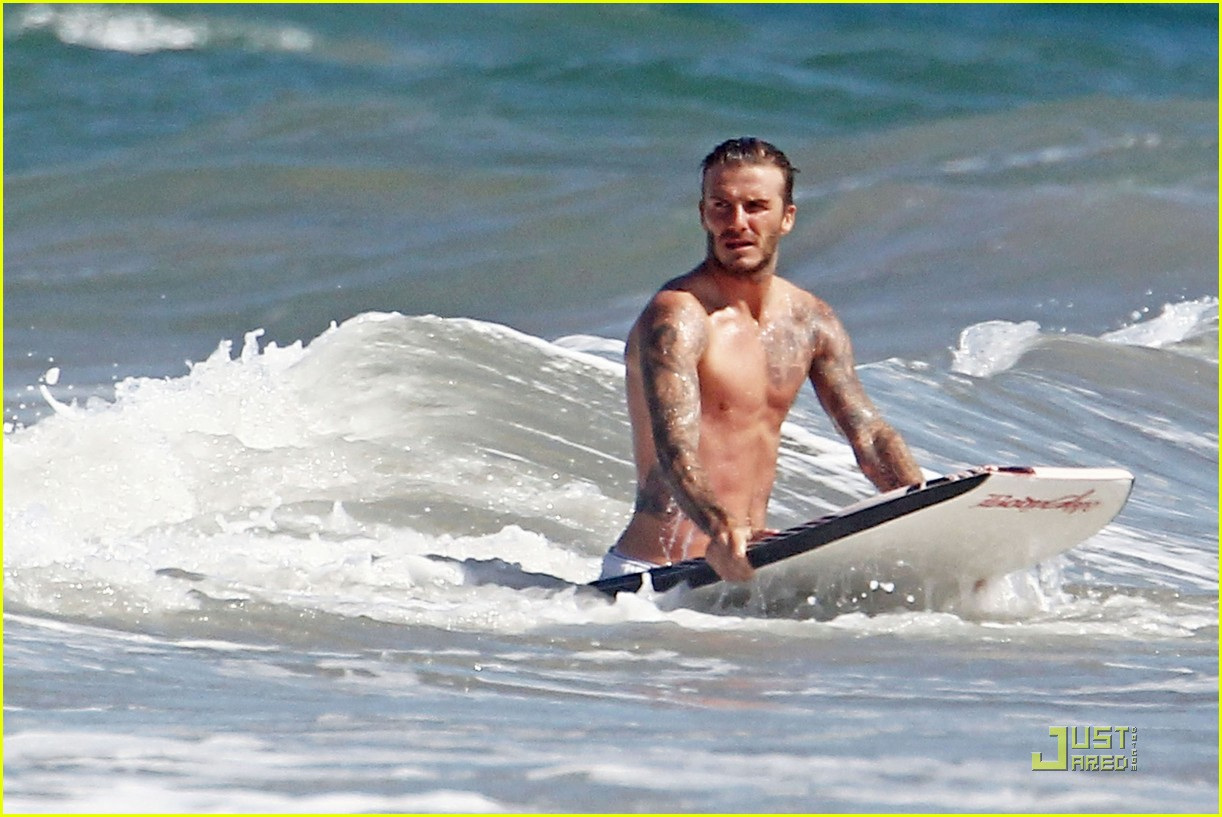 david beckham shirtless beach 042574107