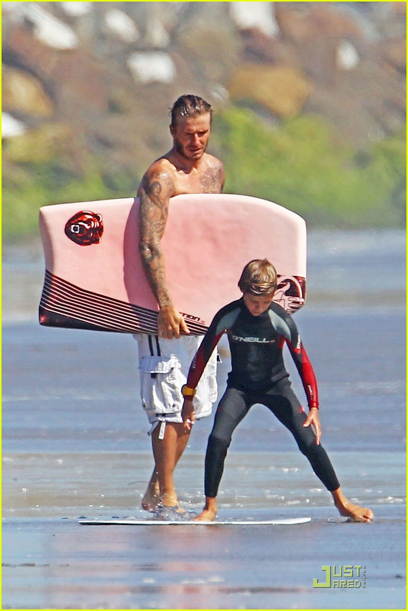 david beckham shirtless beach 08