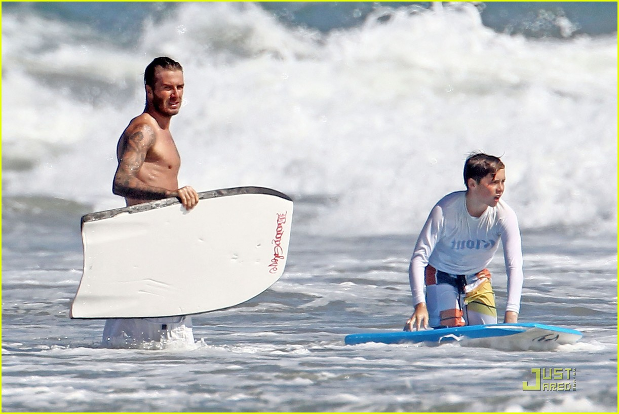 david beckham shirtless beach 19