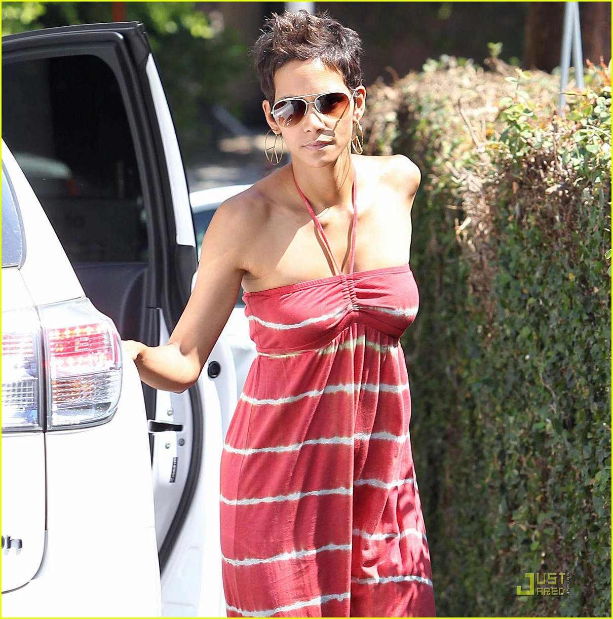 halle berry lunch olivier nahla 032569946