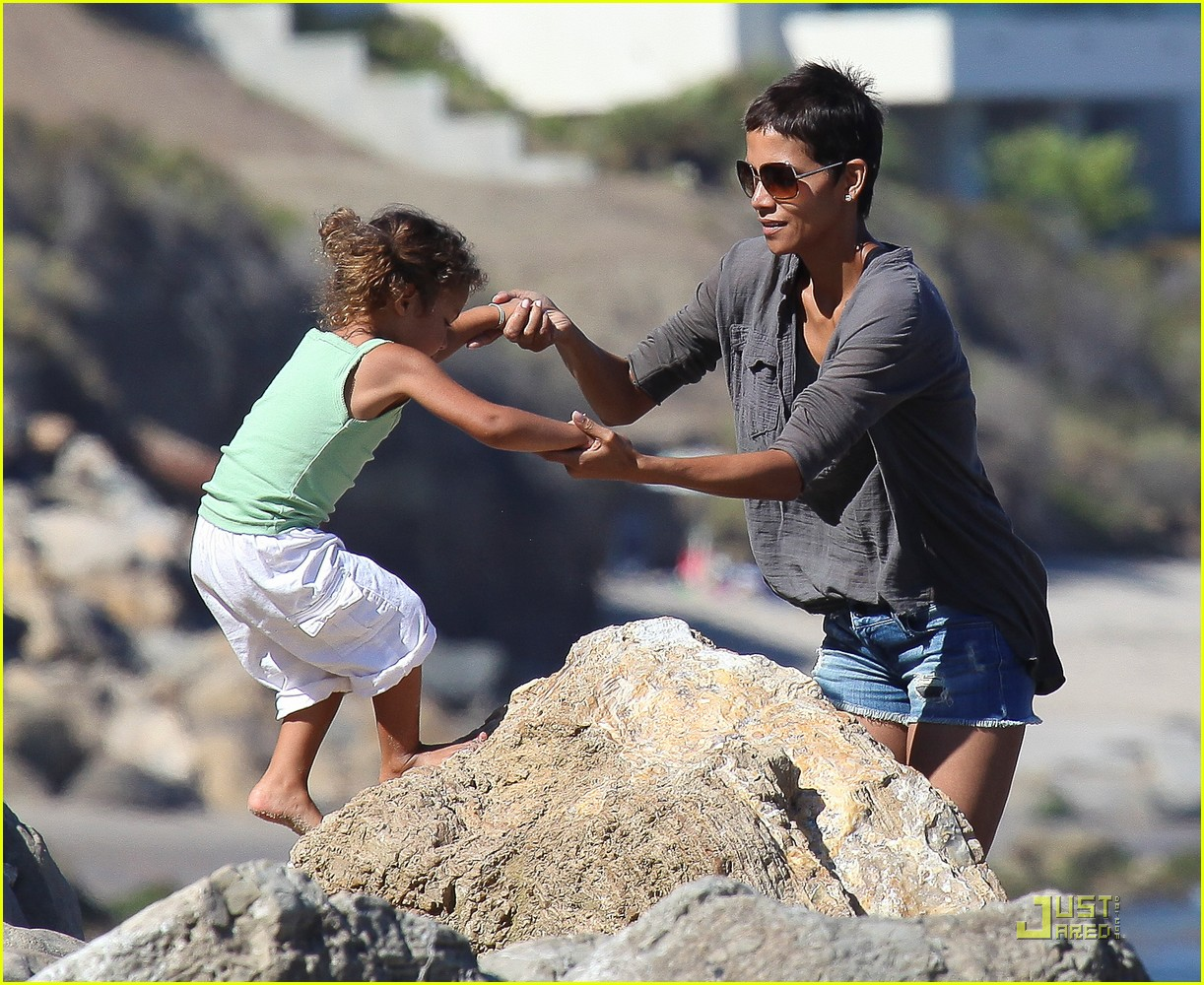 halle berry olivier martinez lunch with nahla 092565452