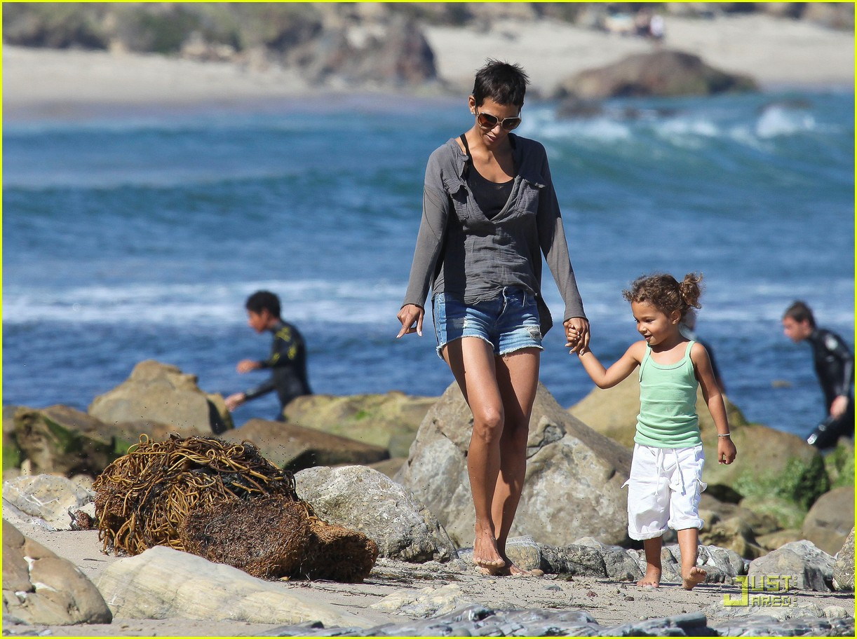 halle berry olivier martinez lunch with nahla 222565465