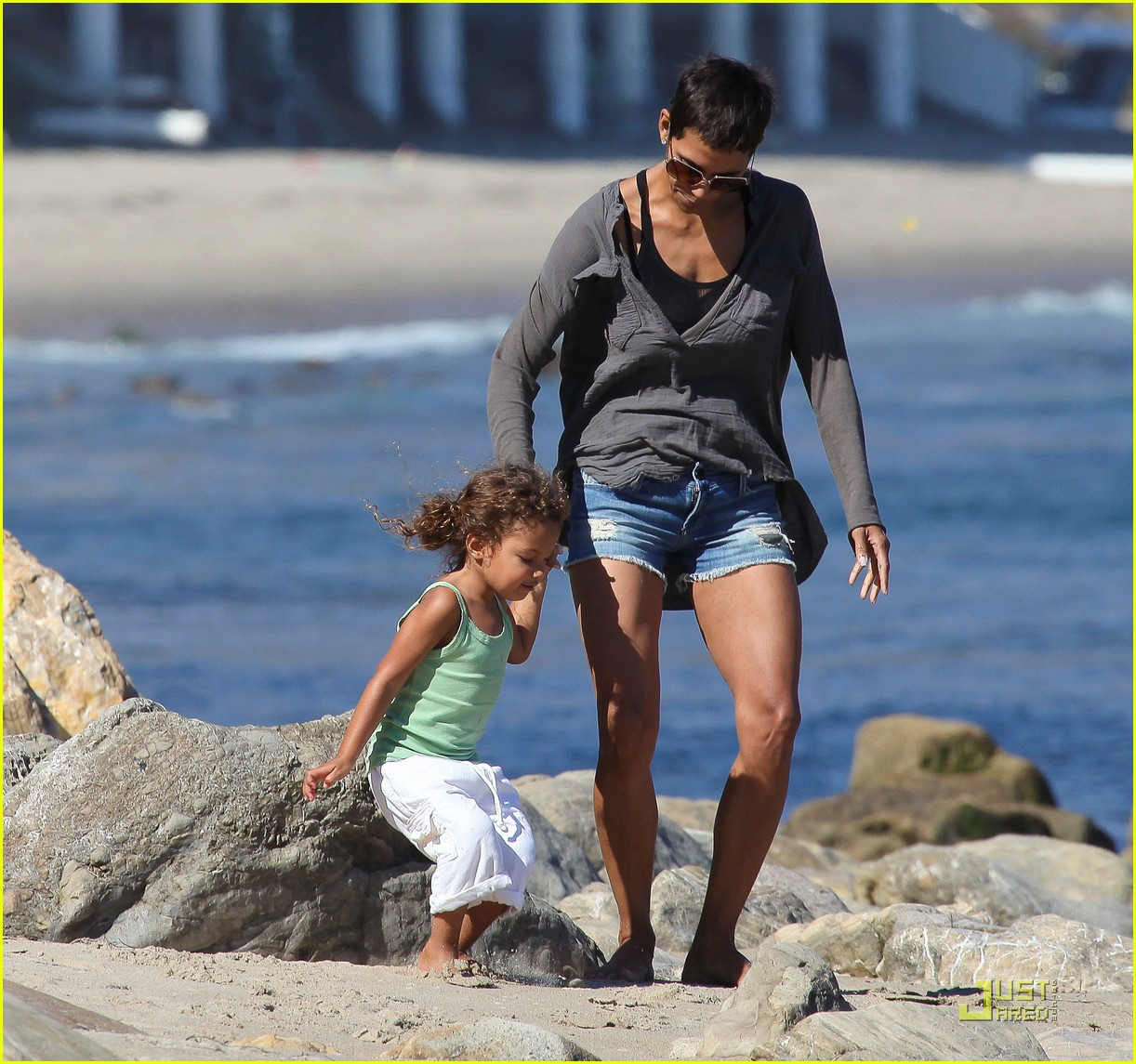 halle berry olivier martinez lunch with nahla 282565471