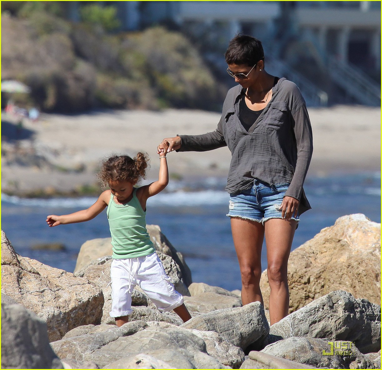 halle berry olivier martinez lunch with nahla 312565474