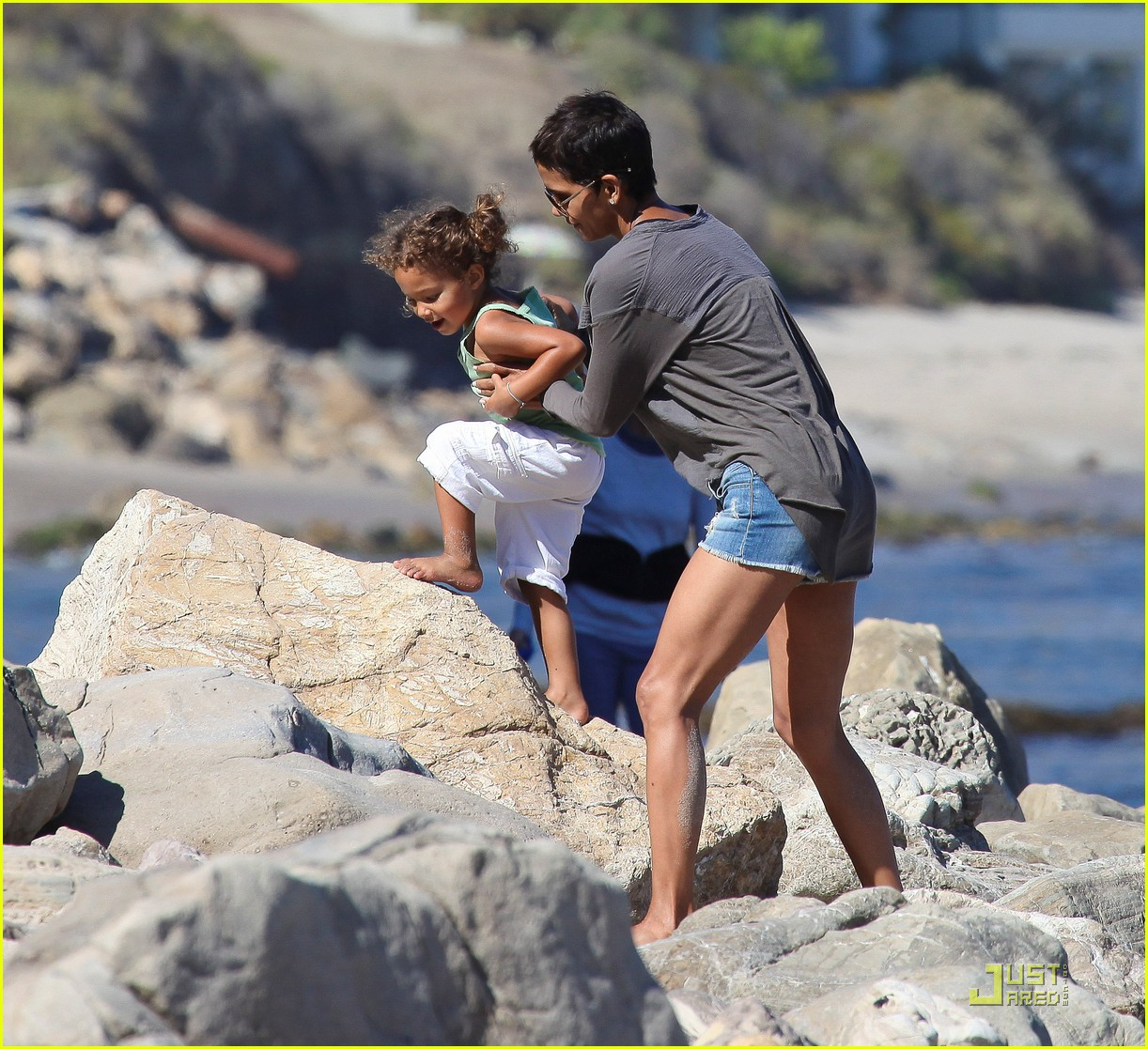halle berry olivier martinez lunch with nahla 322565475