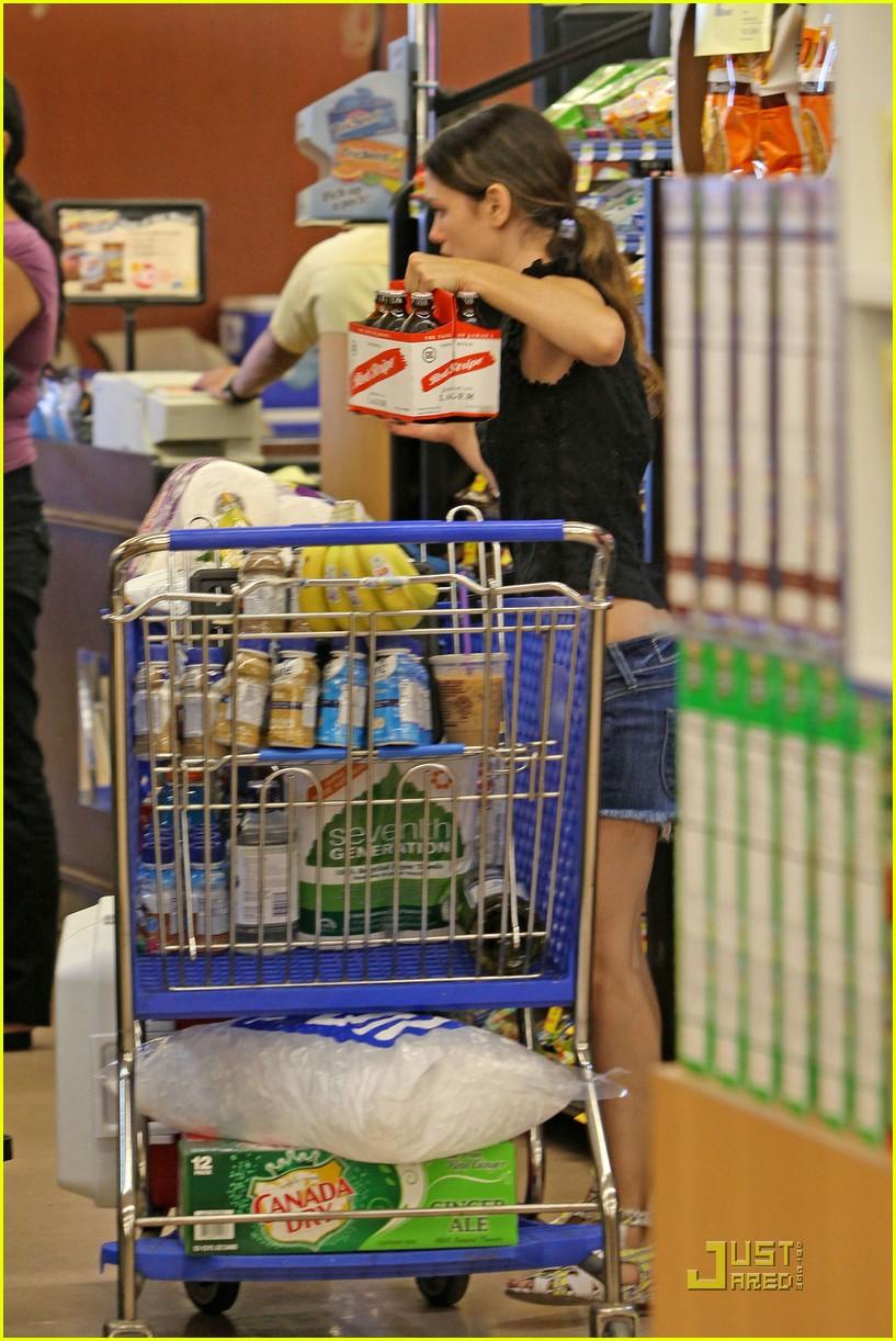 rachel bilson grocery girl 112574078
