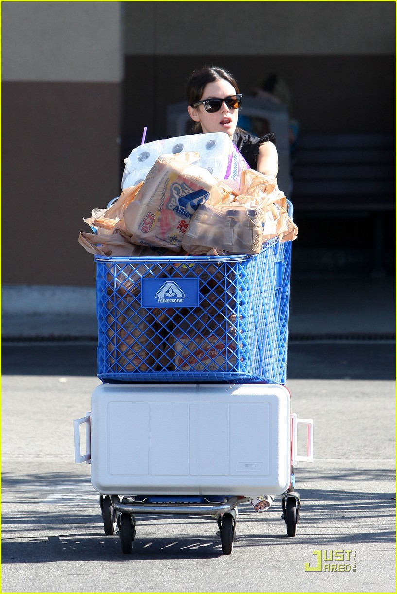 rachel bilson grocery girl 152574082