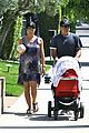selma blair jason bleick arthur walk 21