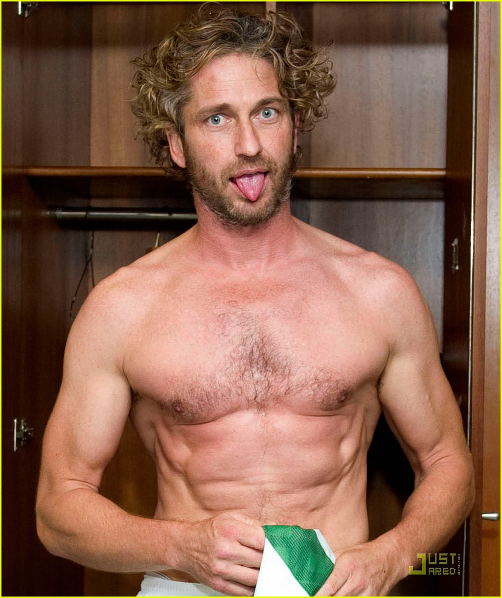 gerard butler shirtless locker room stud 03