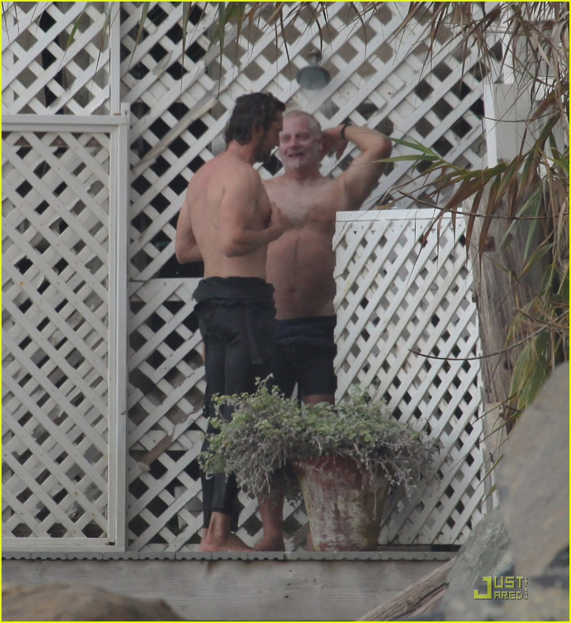 gerard butler surfing lessons shower 17