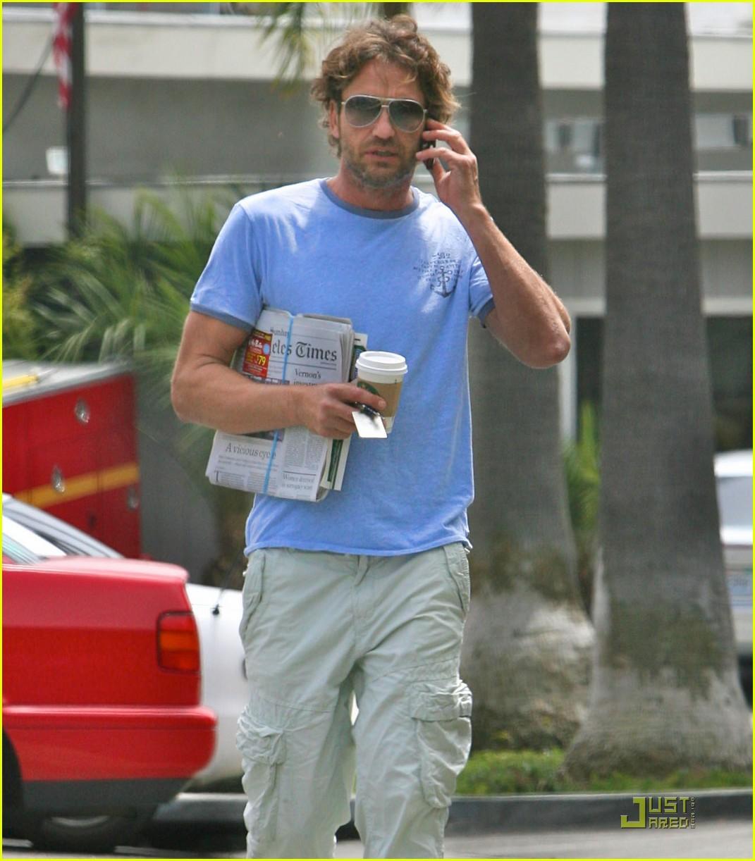 gerard butler surf coffee 122570162