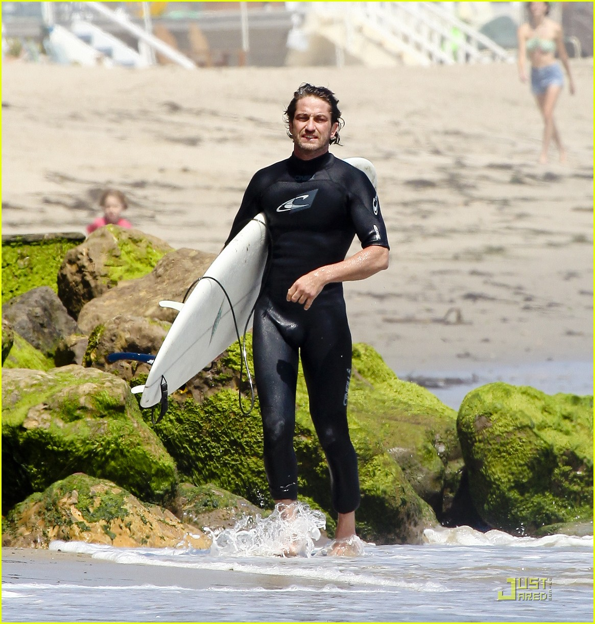 gerard butler surf coffee 142570164