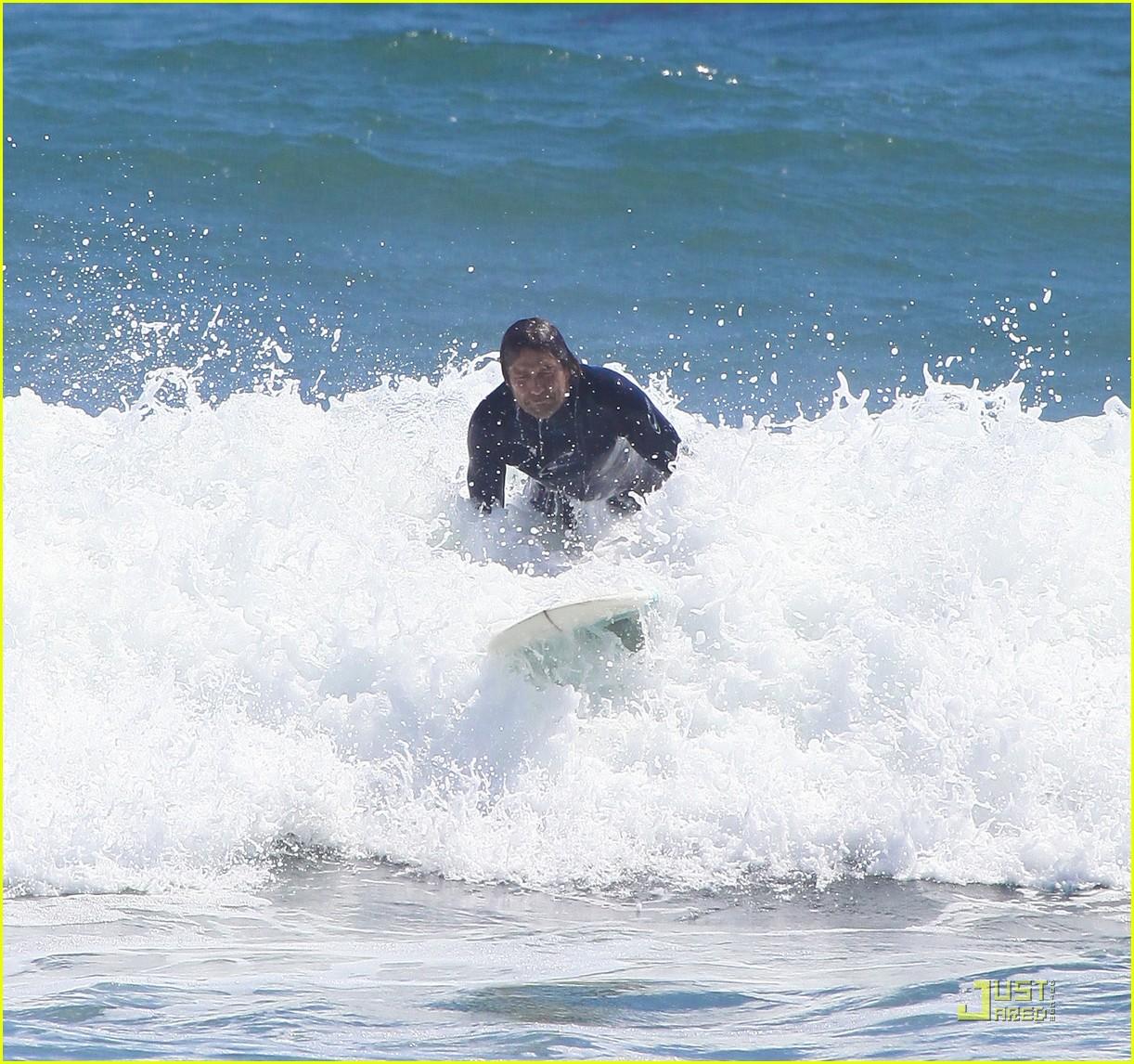 gerard butler surf coffee 332570183