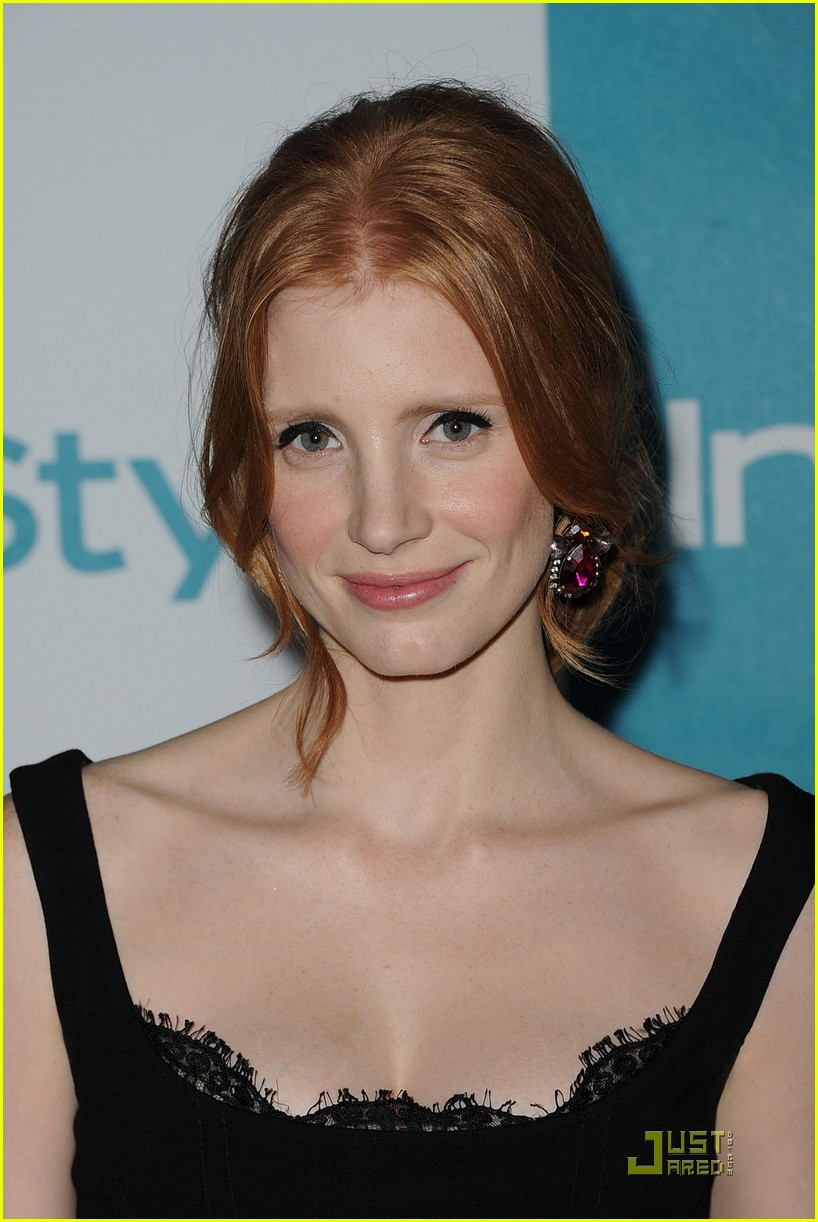jessica chastain jennifer love hewitt instyle summer soiree 17