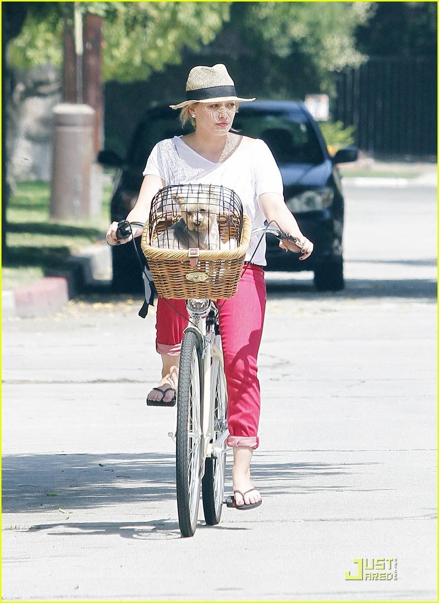 hilary duff mike bikes 072569921