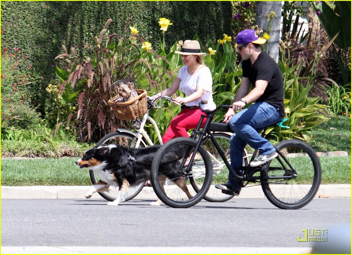 hilary duff mike bikes 162569930