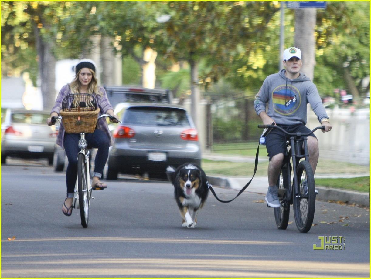 hilary duff bike 022569290