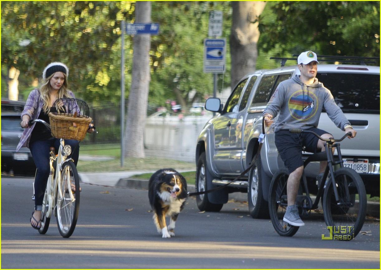 hilary duff bike 062569294