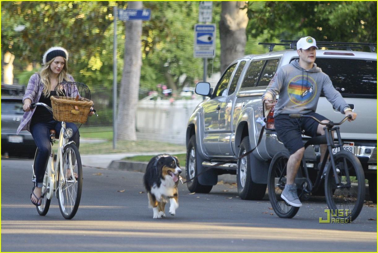 hilary duff bike 072569295